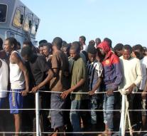 Libyan Coast Guard picks up 680 refugees
