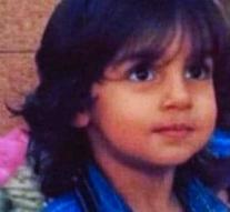Little boy (6) was cut throat before mother's eyes