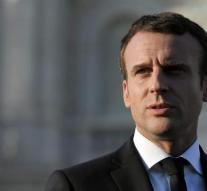 Macron makes little impression with the French