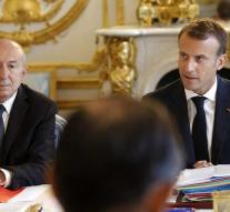 Macron takes into account Collomb departure
