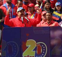 Maduro proposes early elections
