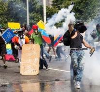 Maduro wants to punish violent protesters