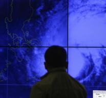 Mass evacuations in Philippines for typhoon