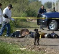 Mass grave with fourteen appear in Mexico