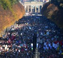 Massive protest against racism in Berlin