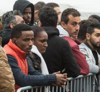 'More than 960 000 refugees in Germany '