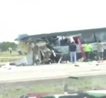Multiple deaths by gigacrash with bus in US