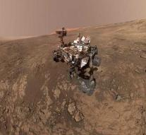 New traces of life on Mars