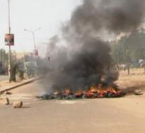 Niger police find bus packed with explosives