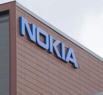 Nokia Apple into court