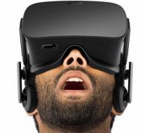 Oculus boss does step back