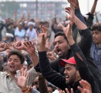Pakistan's protest against release continues