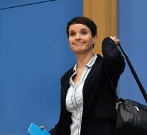 Petry goes all the way out AfD