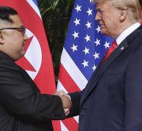 Photo moment Trump-Kim around 12.30 Dutch time