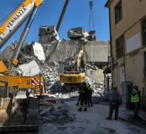 'Possibly more than 10 people under rubble Genoa'