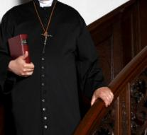 Priests may continue to forgive abortion