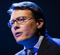 Prince Constantijn see more and more confusion