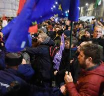 Protests after adoption of Hungarian 'slave law'