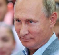 Putin to wedding in Austria