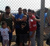 Refugees in Cyprus get ultimatum