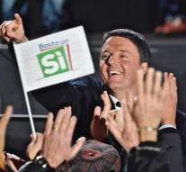 Renzi makes last call