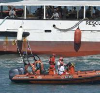 Rescue ship with 87 migrants to Spain