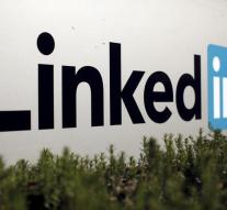 Russia blocks access to LinkedIn