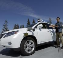 'Self-propelled car of Google and Ford