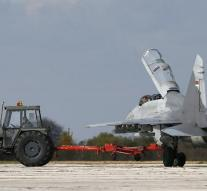 Serbia buys six Russian MiGs