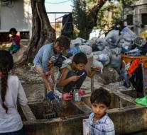 Situation camp Lesbos reaches boiling point