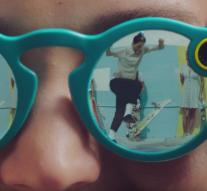Snapchat sells camera glasses through vending