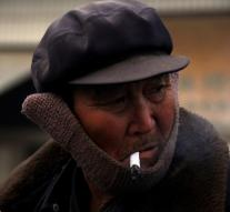 More and more Chinese men smoke