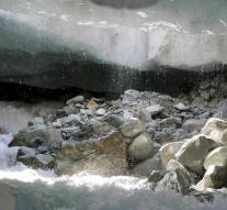 'Swiss glaciers are no longer to be saved'