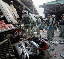 Three killed by bomb attack in south Thailand