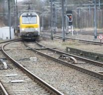 Train at Liege loses wagons with passengers
