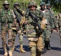 Troops make way for president Gambia