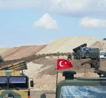 Turkey sets up observation posts in Idlib