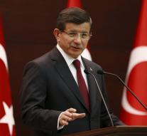 Turkish PM wants new constitution