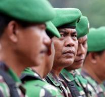Two hundred prisoners of Indonesia escaped