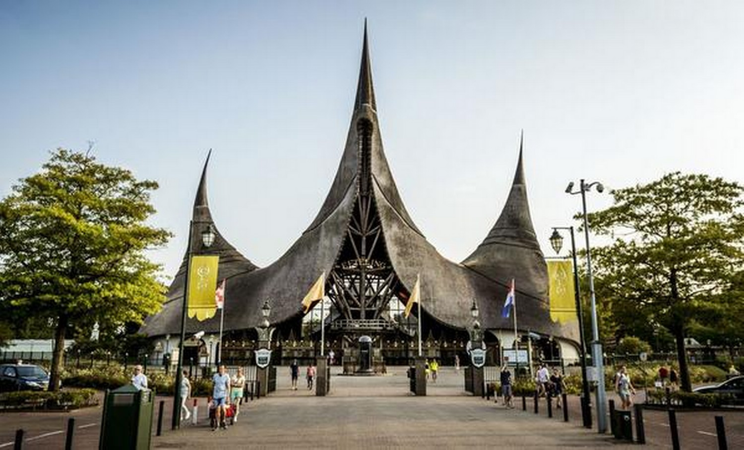 Americans Eftelings Best Theme Park In The World Hot
