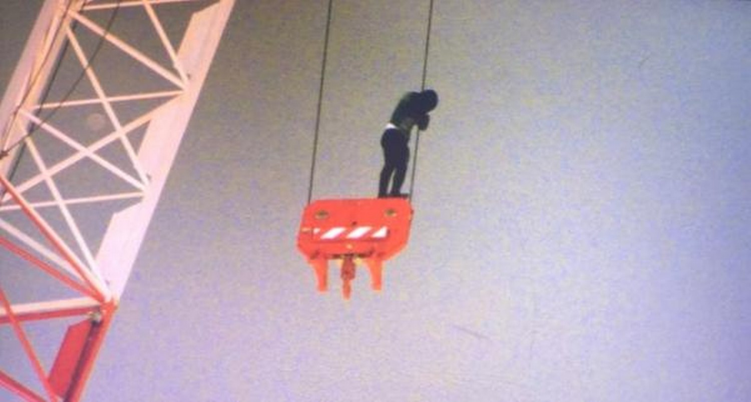 Tower Crane Rescue Procedure : Blood ing rescue operation going on in toronto hot